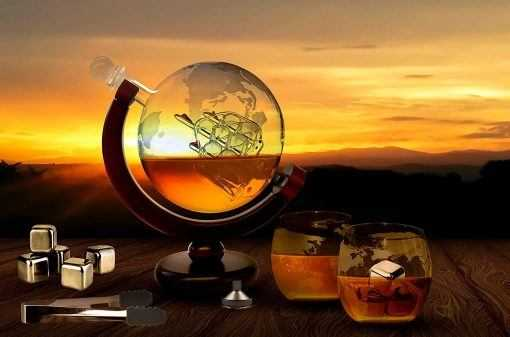 foodie food lover gifts unique globe decanter