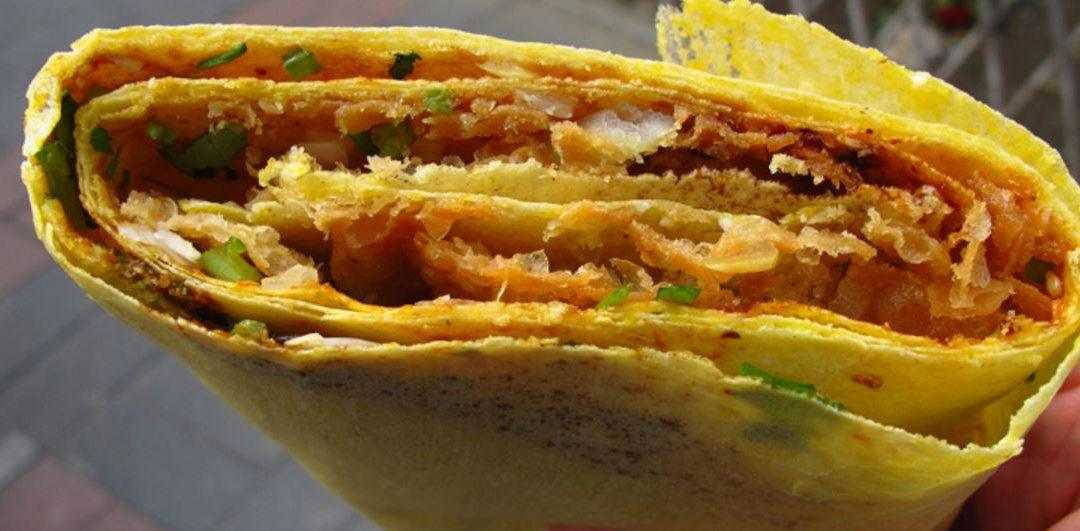 jianbing chinese breakfast crepe
